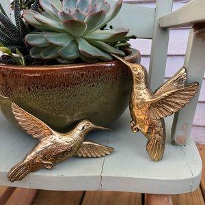 Other - HP 🏠 Golden Hummingbird Farmhouse Decor